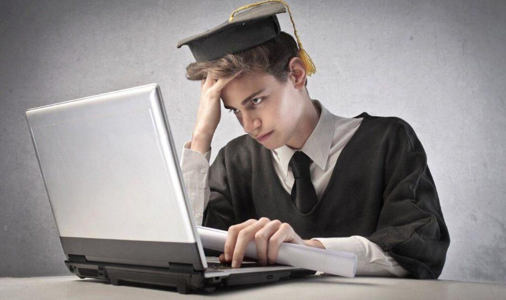 искать работу во время учебы