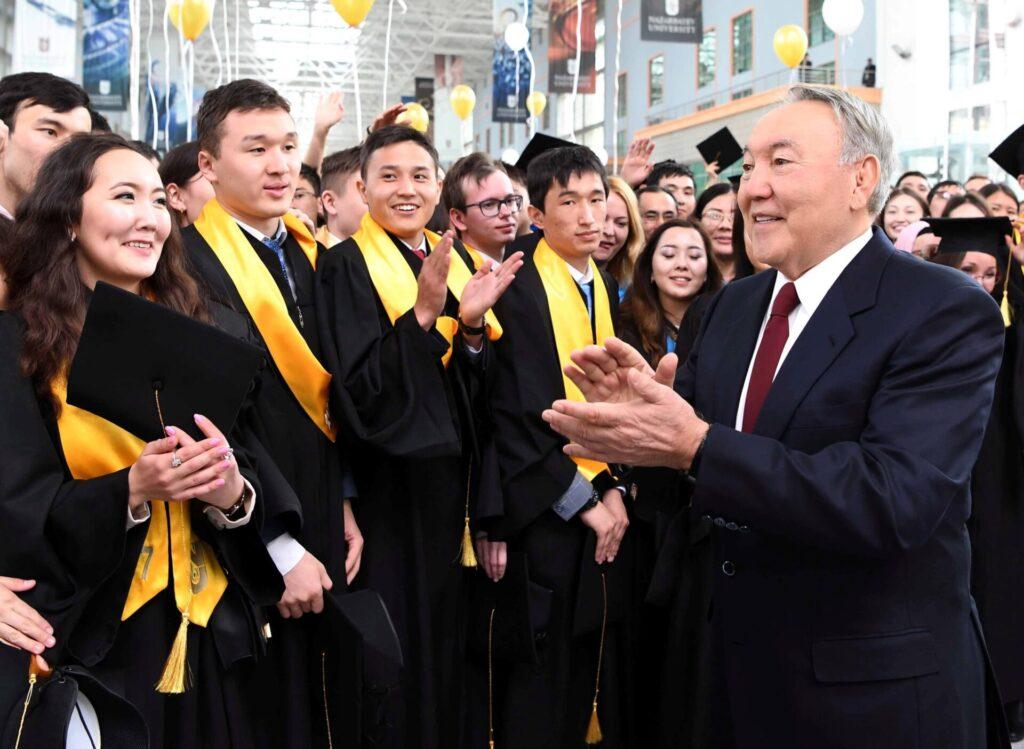 лучшие вузы казахстана в 2021 г