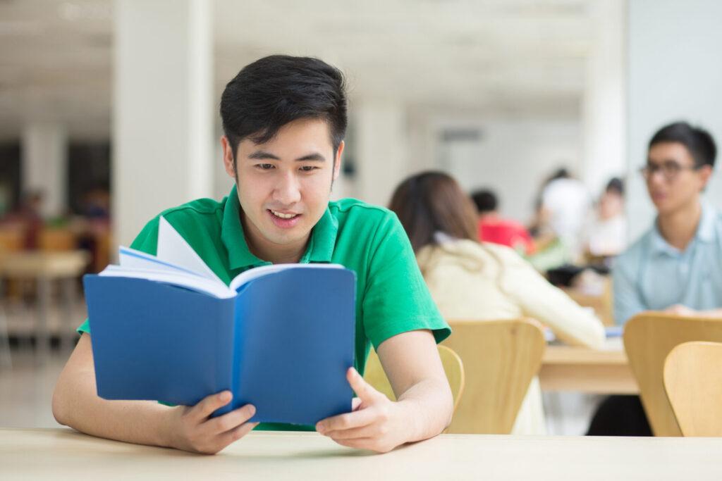 Почему казахстанские студенты предпочитают учиться в России