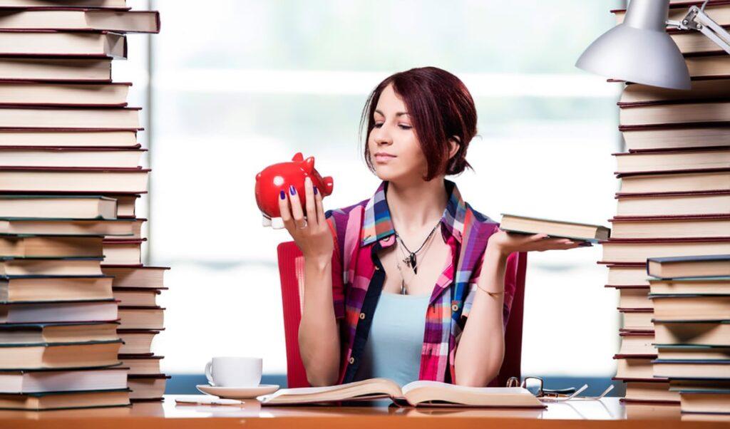 Сколько стоит обучение в вузах